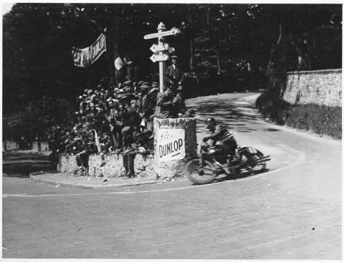 Bennet at Quarter Bridge 1925 T.T.